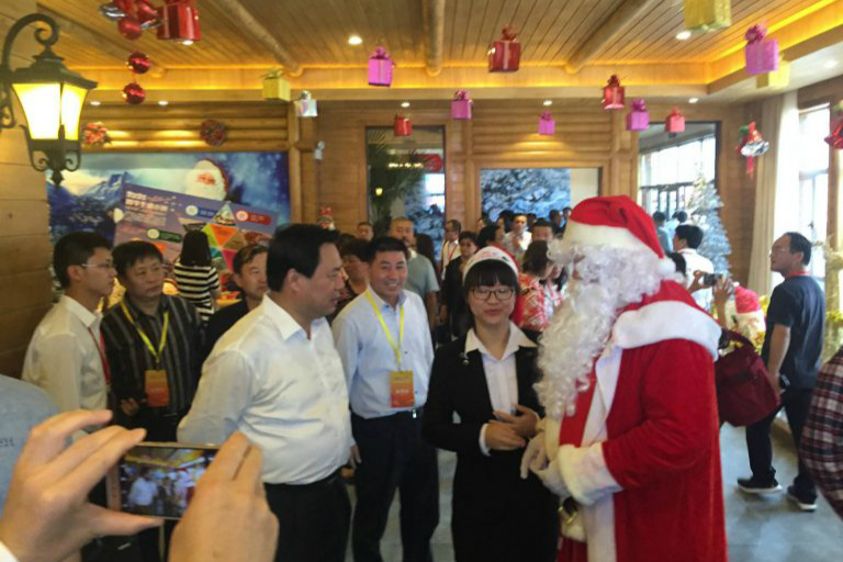 Finnish Santa Claus Pauli visited Hebei in 2016